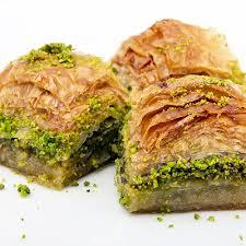 فروش خمیر باقلوا